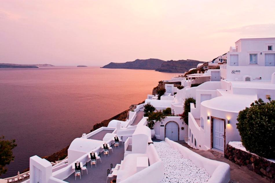 canaves_oia_hotel_architecture-5