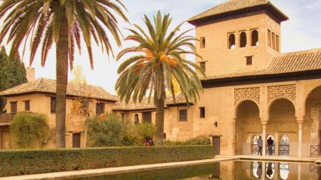 itinerary_lg_2Spain-Alhambra-Gardens-Palace-IS-494791-Md-RGB (1)